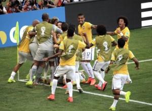 Brasil definió por penales y se clasificó a cuartos de final