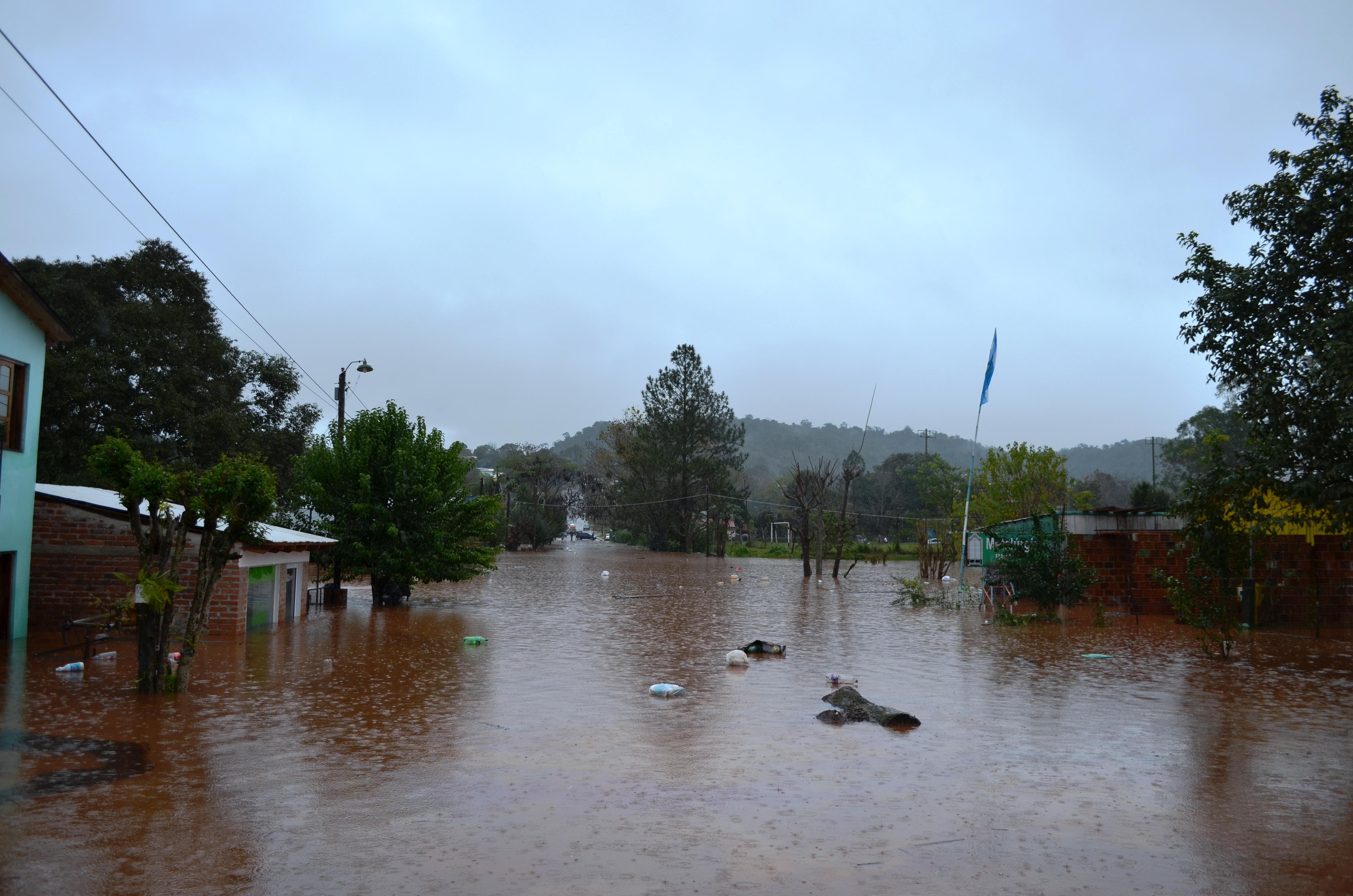 En dos meses comenzarían a entregar las casas a afectados por la inundación en El Soberbio