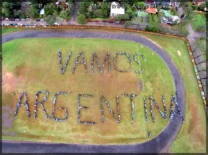 """Más de 1400 misioneros formaron el """"vamos Argentina"""" más grande del país"""