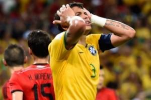 Brasil decepcionó a su público y apenas igualó sin goles con México