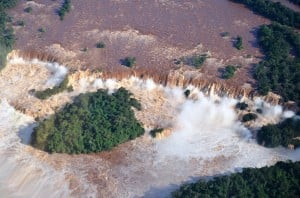 Las Cataratas del Iguazú registran un caudal histórico
