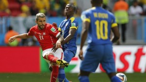 Ecuador no logró sostener su ventaja y perdió con Suiza en la agonía de su debut mundialista
