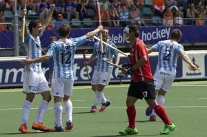 Los Leones golearon a Corea del Sur por 5 a 0 y se acercan a la semifinal