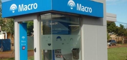 El banco Macro inaugura un cajero automático en Apóstoles