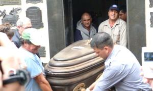 Tragedia Irrazábal – Ayrault: Con la exhumación de los cuerpos buscarán restos de pólvora u otros residuos de explosivos