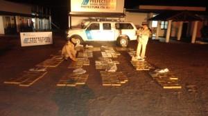 Prefectura secuestró más de 300 kilos de marihuana en Corrientes y detuvo a una persona