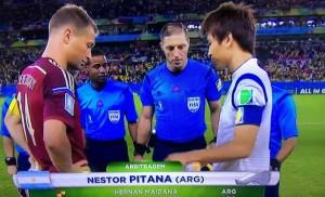 Rusia igualó ante Corea con el correcto arbitraje de Néstor Pitana