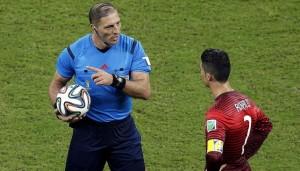El misionero Néstor Pitana está en el top ten de los mejores árbitros del mundo en 2014
