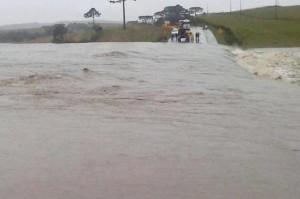 Una represa en Santa Catarina fue superada por el caudal de agua de uno de los afluentes del río Uruguay