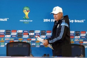 Argentina iría con un 4-3-3 y Sabella espera por algunos jugadores