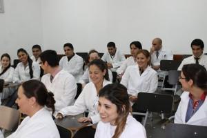 Unos 19 médicos se suman a los egresados de la Fundación Barceló