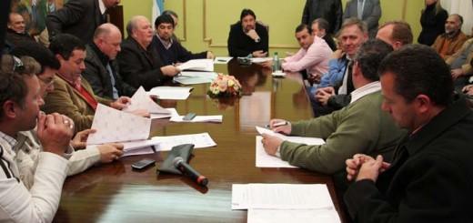 Closs reunió a intendentes para diagramar la asistencia prioritaria