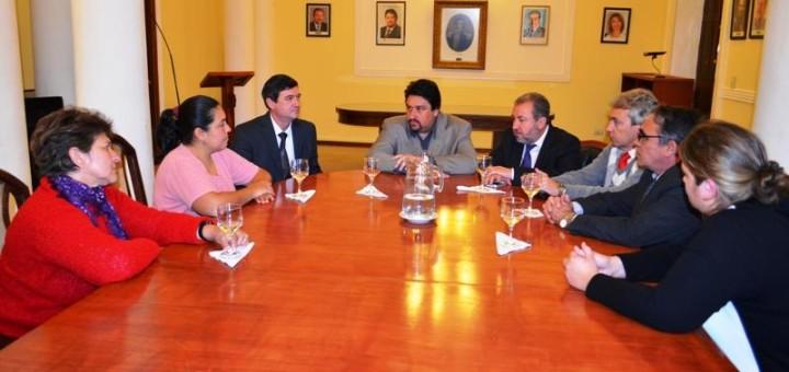 El gobernador Closs y el ministro Franco recibieron a la familia de Guirula