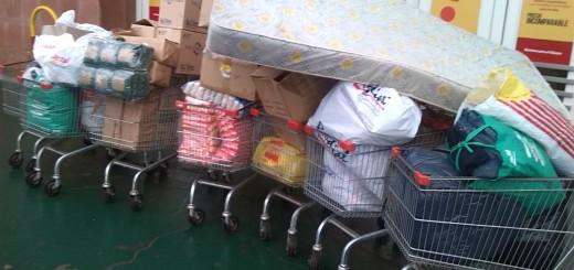 Trabajadores del Hipermercado Libertad hicieron una colecta para afectados por las inundaciones