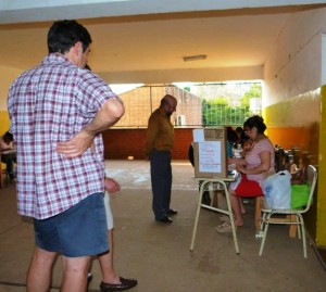 Internas de la UCR: importante participación de afiliados e independientes