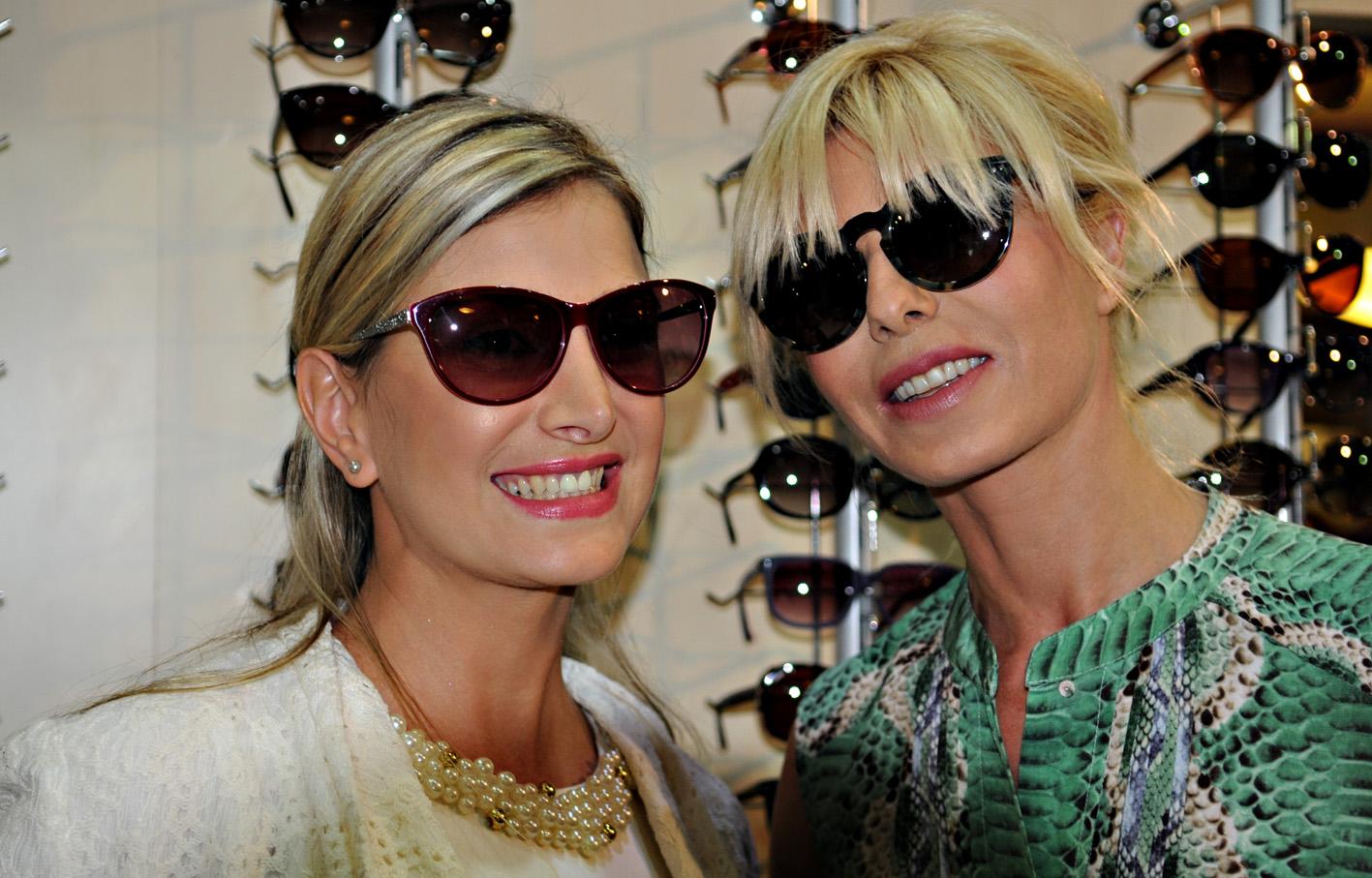 Karina Rabolini presentó su nueva colección de anteojos en Óptica del Sol