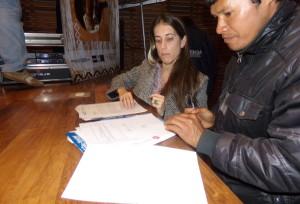 Guaraníes recibieron carpetas con los datos de sus territorios