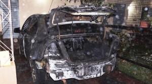 Incendio arrasó con dos vehículos en Concepción de la Sierra