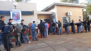 Detuvieron a 16 personas por un intento de intrusión en Puerto Iguazú