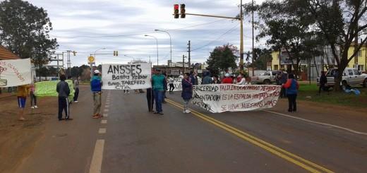 """Tareferos acampan frente a la Anses: """"Nos quedamos hasta que nos devuelvan lo que nos robaron"""""""