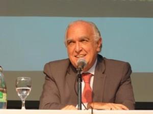 """Buitres: """"La decisión del juez Griesa es insensata bajo muchos puntos de vista"""", afirmó Gil Lavedra"""