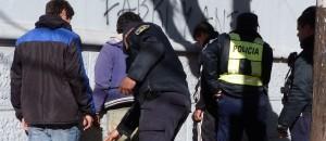 Detienen a tres hombres en el centro de Posadas y secuestran marihuana