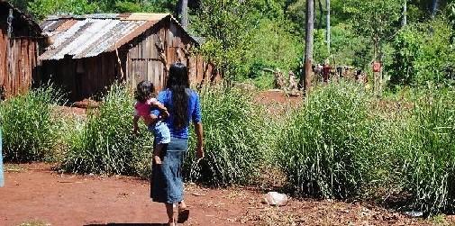 Dos mbya fueron macheteados por un compañero de tragos