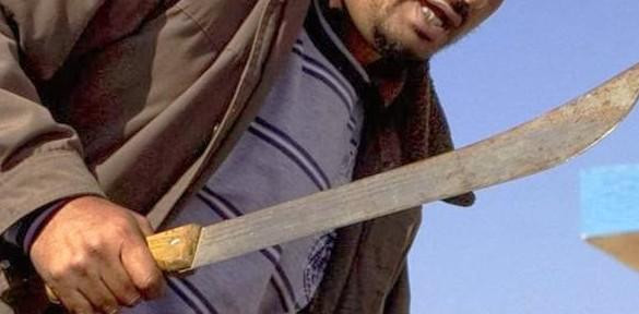 Amenazó con matar a su pareja con un machete y terminó entre rejas