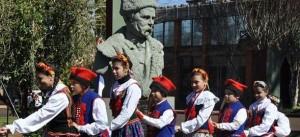 Recordaron en Apóstoles el 117 aniversario de la llegada de los primeros inmigrantes ucranianos, polacos e italiano