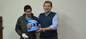 En Oberá entregaron cascos a quienes tramitaron por primera vez el carnet nacional de conducir