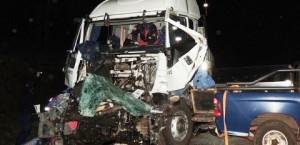 Choque de camiones en San José dejó un fallecido