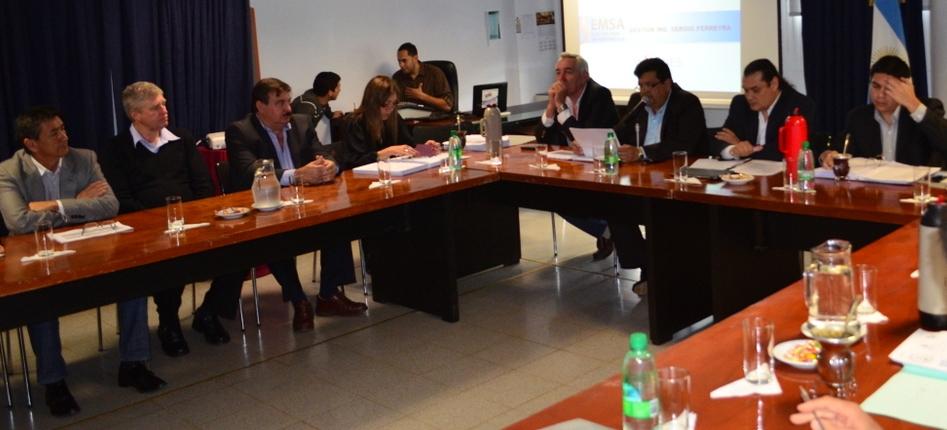 """Presupuesto 2015: """"EMSA recibirá 194 millones de pesos para acompañar el crecimiento de la provincia"""", dijo Ferreira"""