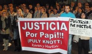 """Caso Knott: Los hijos de """"Puly"""" Knott encabezaron la marcha pidiendo más seguridad"""