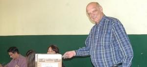 Con normalidad, se llevan a cabo las elecciones de la UCR en toda la provincia