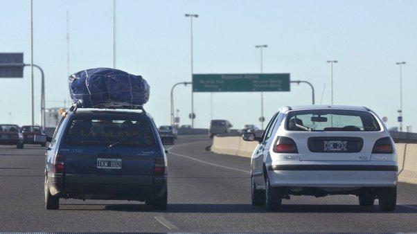 Un nene de apenas 11 años manejaba por la autopista Buenos Aires - La Plata
