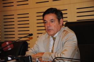 Rovira pidió más apoyo del Gobierno nacional a Daniel Scioli y criticó la poca participación en las internas de la UCR