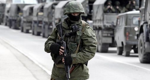 En un clima de tensión, Rusia y Ucrania canjean soldados detenidos