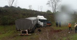 Dos de Mayo: choque entre un camión y dos autos dejó un muerto en la ruta 14