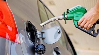 Aseguran que hubo una caída en la venta de combustible en Misiones, esta semana vuelven a aumentar las naftas