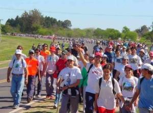 En marcha la 35ª Peregrinación Juvenil del NEA a Itatí