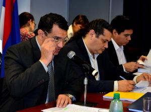 Valenzuela expuso ayer ante la comisión de Presupuesto de la Legislatura.