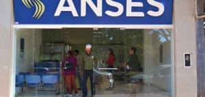 Closs inaugurará el edificio del ANSES en San Vicente y la Casa del Bicentenario en Santo Pipó