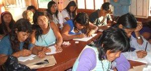 Presentan el programa de Bi-alfabetización para adultos de pueblos originarios