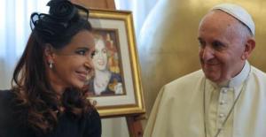 Cristina y el Papa analizaron el litigio con los fondos buitre