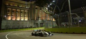 F1: Hamilton ganó en Singapur y es nuevo líder del Mundial