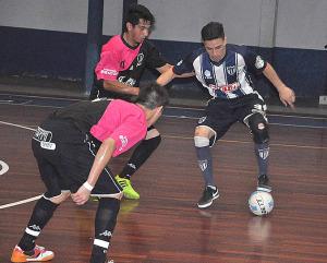 Futsal: Julieta no pudo con Suárez y dijo adiós al sueño