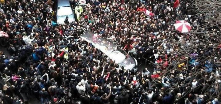 Una multitud brindó su último adiós a Gustavo Cerati en la Chacarita