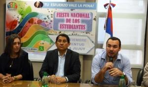 Estudiantina 2014: 14 mejores promedios de los colegios que participan viajan a Jujuy
