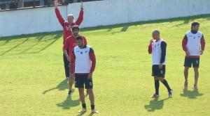 Guaraní partió a Santa Fe con equipo confirmado para enfrentar a Colón