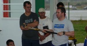Hockey: Ezequiel Paulón desplegó su experiencia y dictó una clínica en Posadas